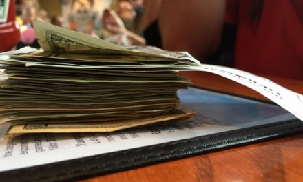 $1,601 surprise tip at Glory Days Grill